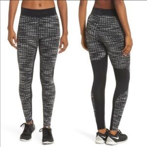 Nike PRO Hyperwarm Training Tights Leggings